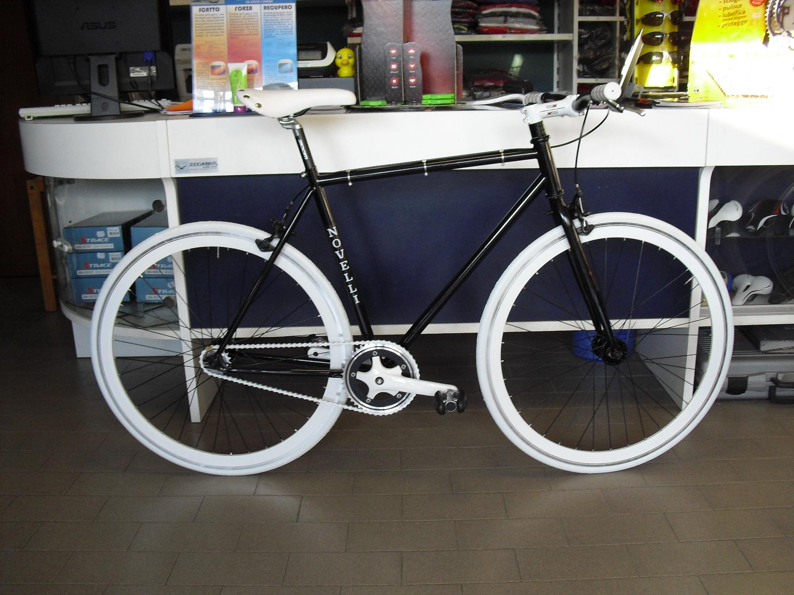 offerte esclusive alta moda negozio CICLINOVELLI.IT - Vendita on-line di bici, accessori e tutto per ...
